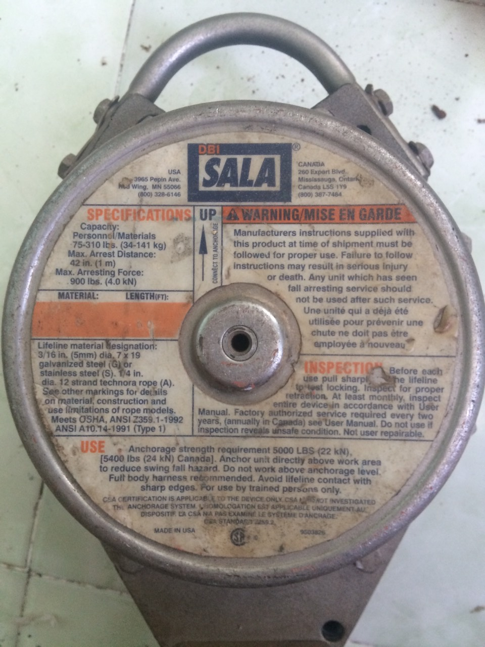 719/5000 Tời cáp tự rút dây an toàn DBI / Sala 3400611 175 Ft
