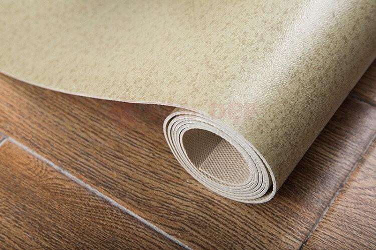 Cách vệ sinh sàn nhựa giả gỗ hợp lý và đúng nhất
