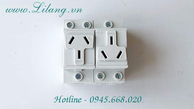 Ổ cắm điện 3 chấu CHINT AC30-124