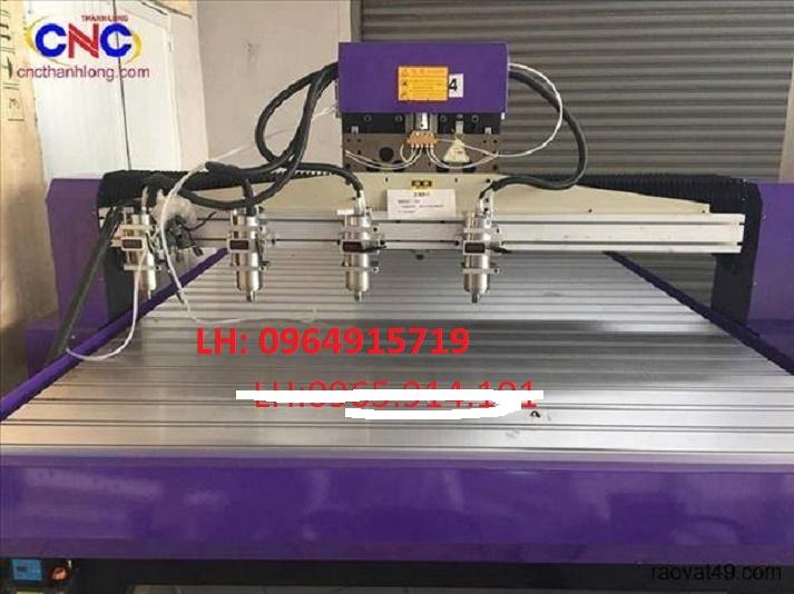 Máy CNC 4 đầu chuyên điêu khắc tại Hưng Yên
