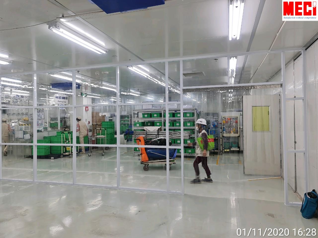 Lắp Đặt Vách Nhựa Trong Suốt Tại KCN Thạch ThấtLắp Đặt Vách Nhựa Trong Suốt Tại KCN Thạch Thất