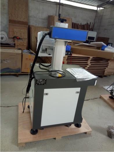 Máy cắt kim loại DS-FIBER20W