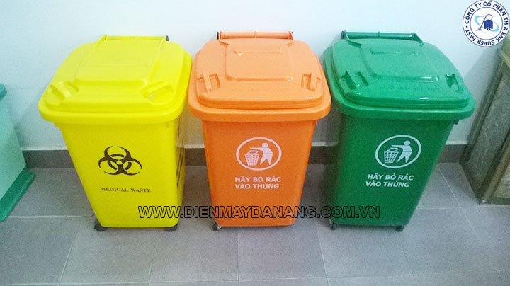 Thùng rác tại Huế