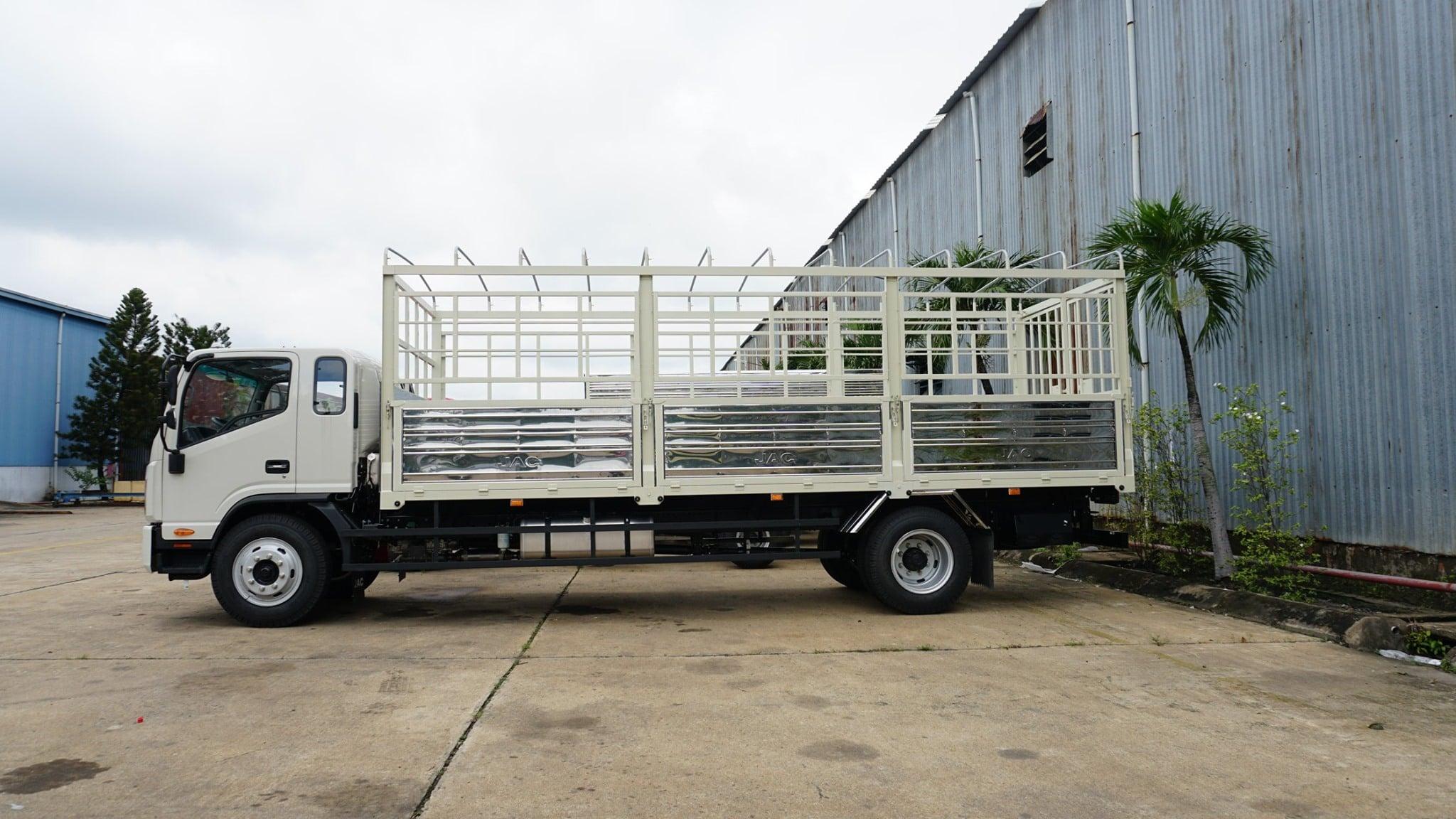 Xe tải jac N900 thùng lớn máy Cumin | Xe tải jac 9T bảo hành 5 năm giá tốt