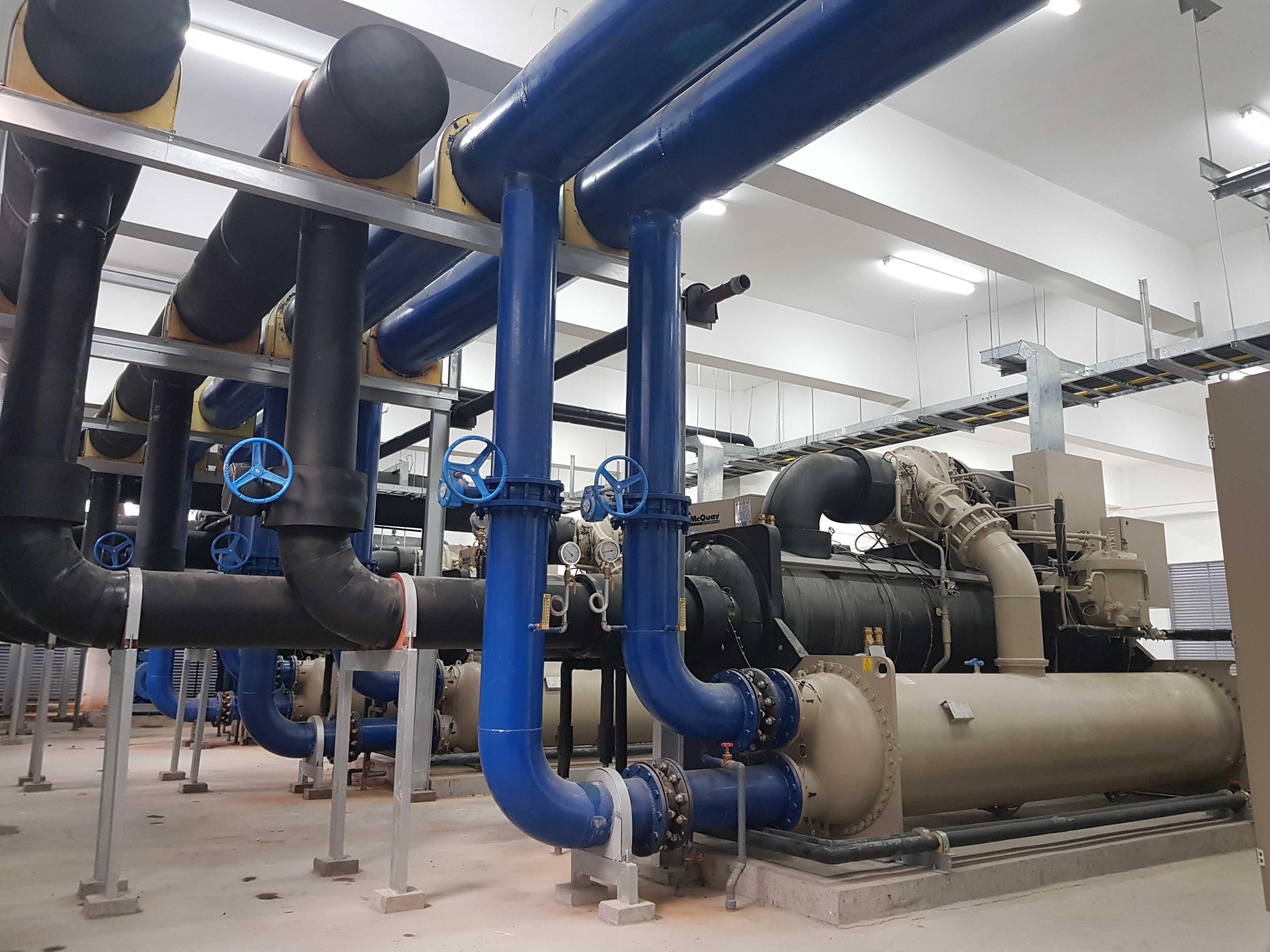 hệ thống máy làm lạnh nước ở các trạm trộn bê tồng
