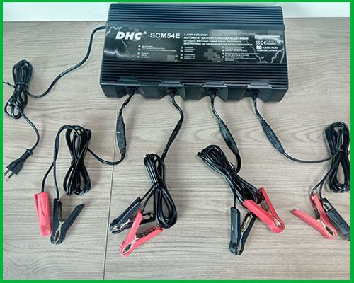 Thiết bị sạc điện tử ắc quy 4 trạm SCM54E | DHC