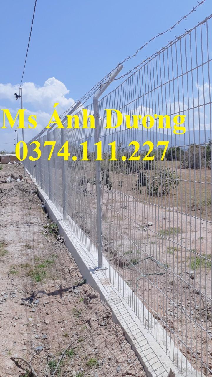 lưới thép hàng rào gập 2 đầu, lưới thép hàng rào chấn sóng,