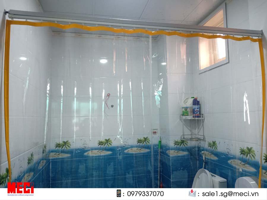 Màn nhựa ngăn nước phòng tắm