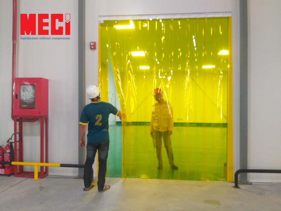 Màn nhựa pvc ngăn côn trùng nhà xưởng giá rẻ
