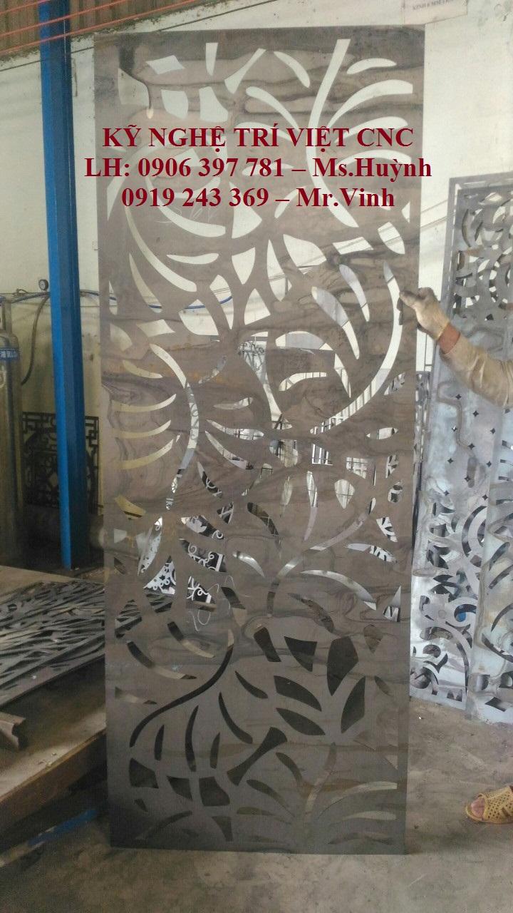 Cửa chung cư CNC Laser Trí Việt