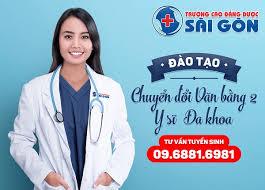 Nên chọn dịch vụ y sĩ đa khoa hay cao đẳng điều dưỡng